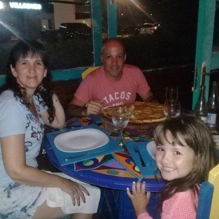 Pizzeria Tomate y Queso: Pizza y cerveza