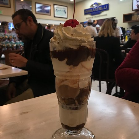 Ghirardelli Ice Cream & Chocolate Shop : photo0.jpg