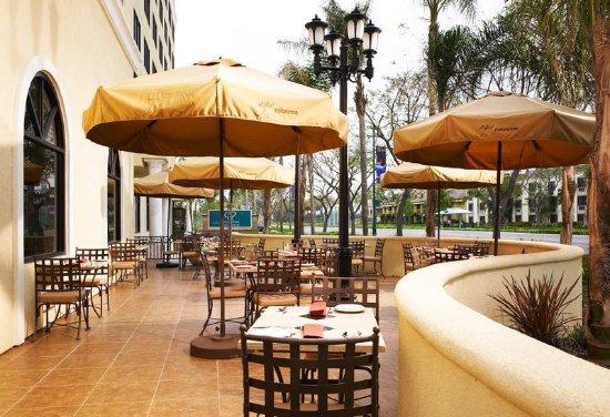 Doubletree Suites by Hilton Hotel Anaheim Resort - Convention  Center: Restaurant