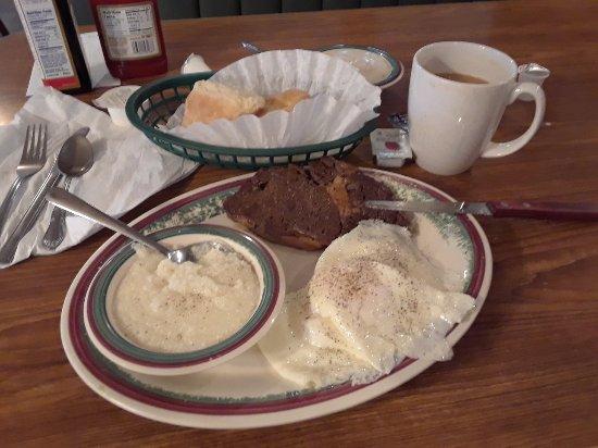 Mount Vernon, KY: Hillbilly breakfast....good