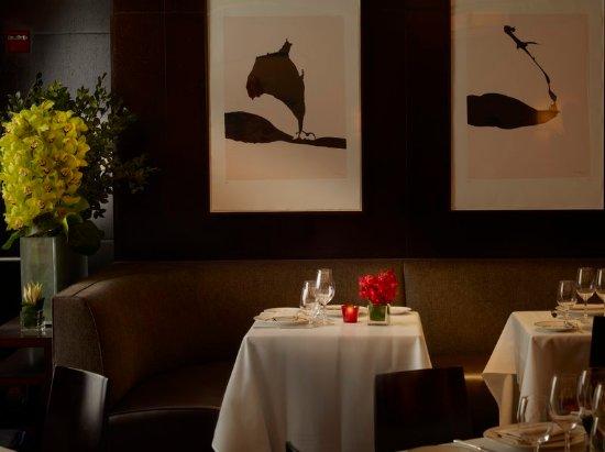 The Surrey: Restaurant
