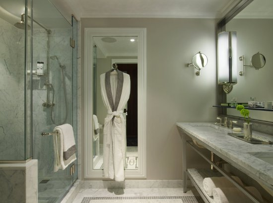 The Surrey: Guest room amenity