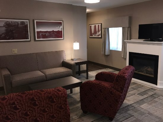 Best Western Colonel Butler Inn: Large King Jr Suite with 1 king bed, mini-fridge, gas fireplace, pullout sofa-bed