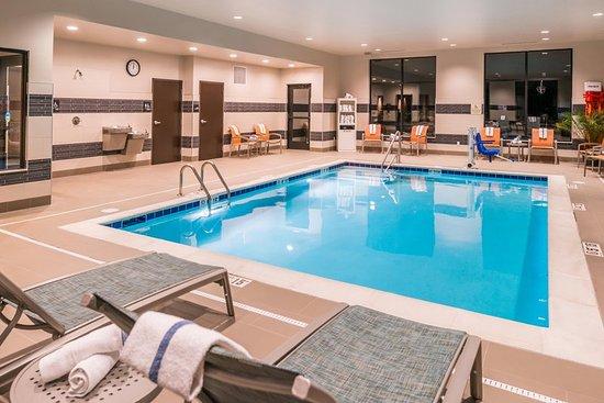 Wixom, Мичиган: Pool