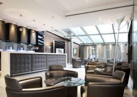 AC Hotel Sevilla Torneo: Bar/Lounge