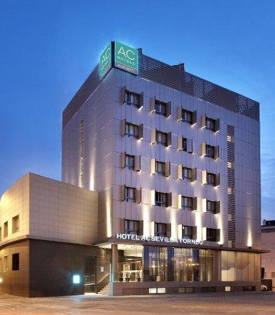 AC Hotel Sevilla Torneo : Exterior