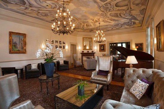 Castle Hotel & Spa: Bar/Lounge