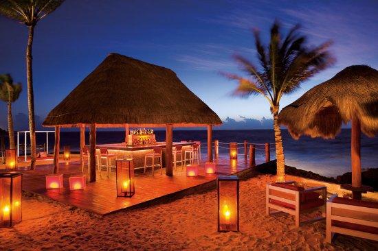 Dreams Puerto Aventuras Resort & Spa: Bar/Lounge