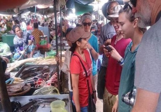 Cambodian Rural Discovery Tours: Discover the local market and its products