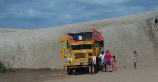Mar Azul, Argentina: Camion Mercedes Benz