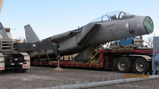 Pueblo Weisbrod Aircraft Museum : F15 arrival day