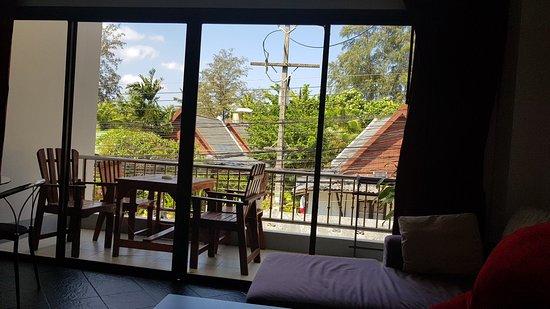 Dengs Kamala Resort : 20180219_111721_large.jpg