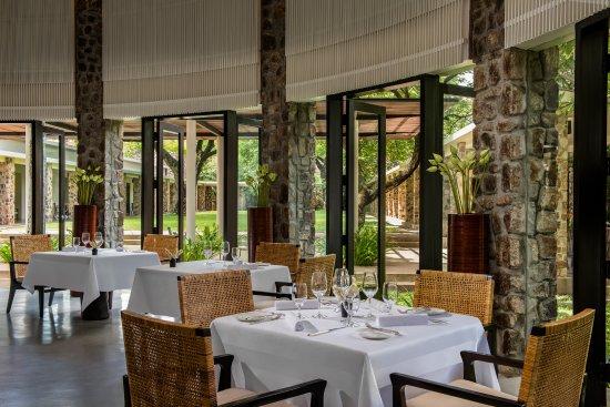 Amansara: Circular Dining Room