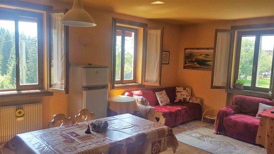 Appartamenti casa poslen asiago hotel prezzi 2018 e for Appartamenti asiago