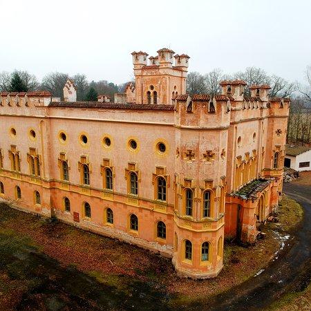 Bezdekov Castle