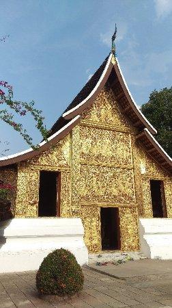 Tempel van de Gouden Stad (Wat Xieng Thong): IMAG0964_large.jpg