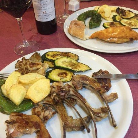 Restaurante meson rodeno en fuengirola con cocina otras - Cocinas fuengirola ...
