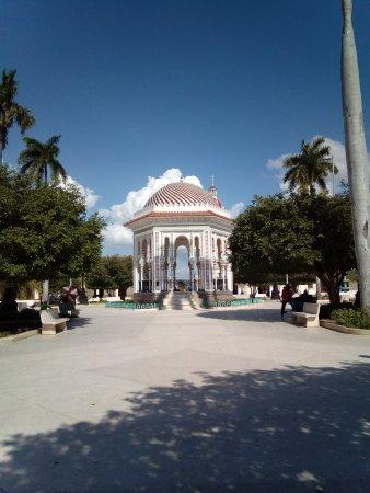 Granma Province, Cuba: La Glorieta de Manzanillo, el elemento arquitectónico que caracteriza a la ciudad.