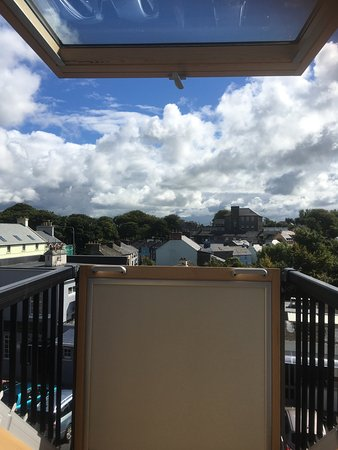 Kinvara Guesthouse: Cool little balcony area overlooking the town