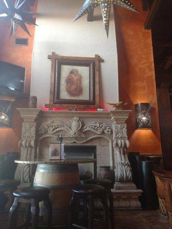 Manny's Cocina : Fireplace at Mannys