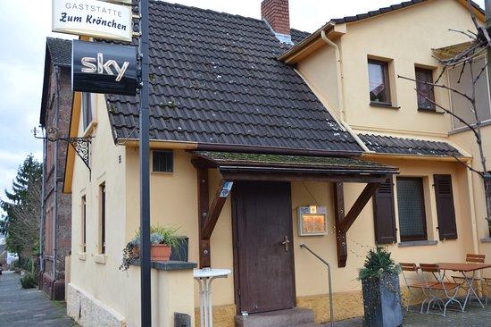 Langenselbold, Germany: Traditionelle deutsche Gaststätte    Mittwochs Schnitzeltag ab 7,90 €