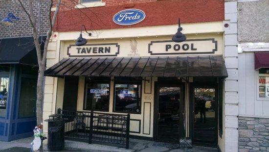 Avoca, Айова: Fred's Bar - entrance