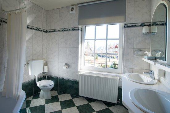 Penzion Mayer: Mayer-Bathroom 101