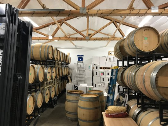 North Bend, WA: Inside our working winery