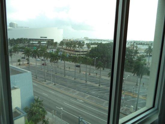 Holiday Inn Port of Miami Downtown Photo