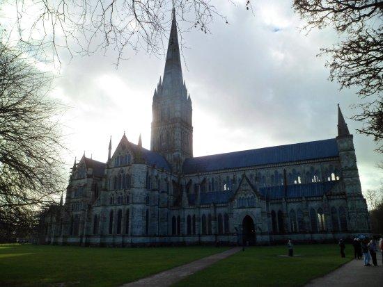 Salisbury Cathedral and Magna Carta照片