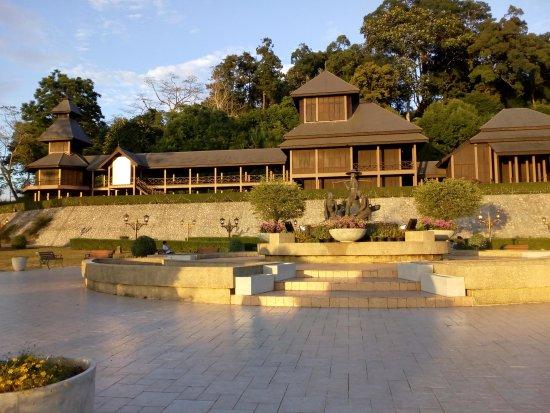 Rattanarangsan Palace
