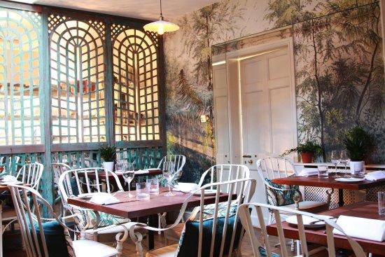 Cranborne, UK: Tasting Room