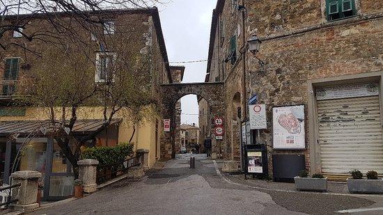Montemerano, İtalya: 20180218_105049_large.jpg
