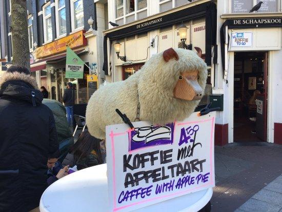Albert Cuyp Market: Какой милый барашек!