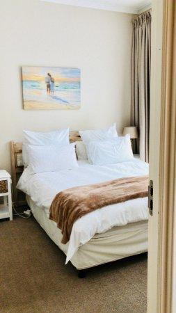 Surfers Corner Apartments: Schlafzimmer 2 Mit Bad Ensuite