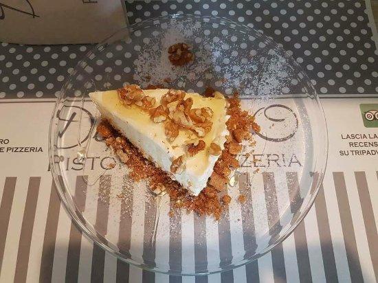 Castelnuovo di Porto, Italia: Cheese cake Miele e noci