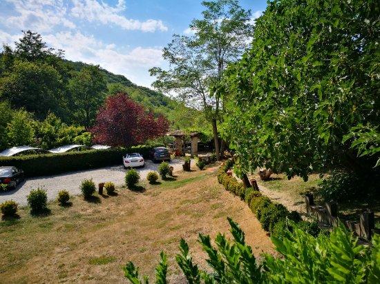 Rocca di Roffeno, Italie : IMG_20170825_153927_large.jpg