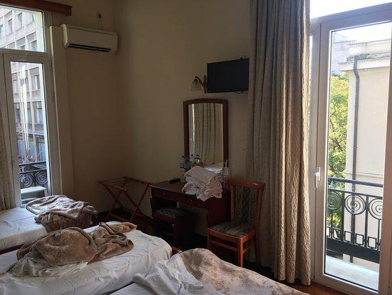Cecil Hotel: Kamer voor drie personen