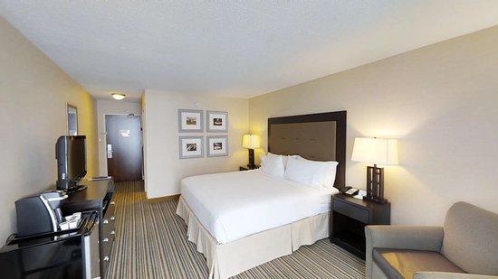 Spring Lake, MI: Standard King Room