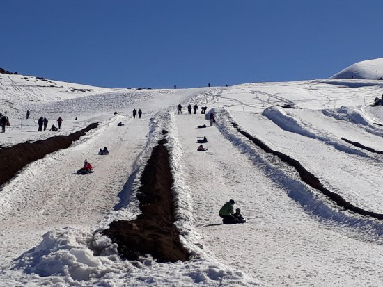 Farellones, Chile: Descida do tubbing
