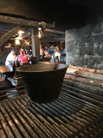 Three Broomsticks: cauldron