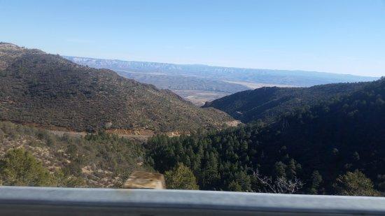 Mingus Mountain Vista & Picnic Observation Point