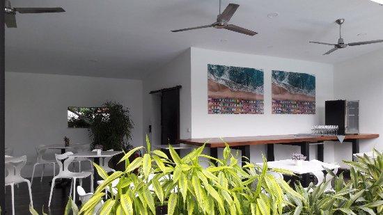 Hotel Vela Bar: 20171222_213816_large.jpg