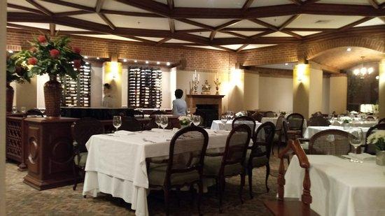 Hotel Estelar La Fontana: Restaurante Los Arcos