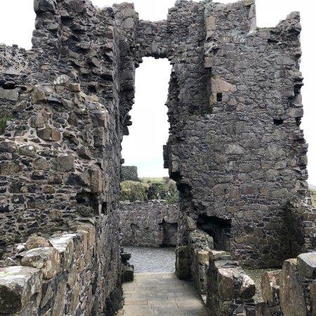 Dunluce Castle: photo1.jpg