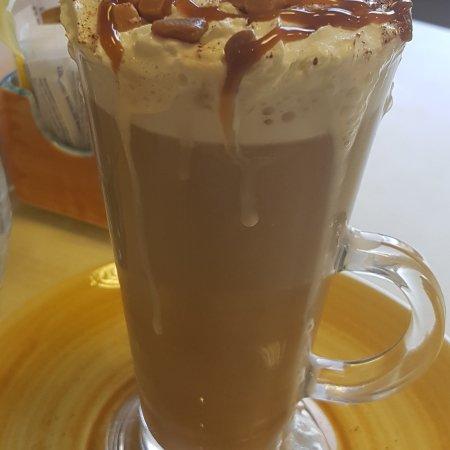 Attleborough, UK: Toffee Latte Deluxe
