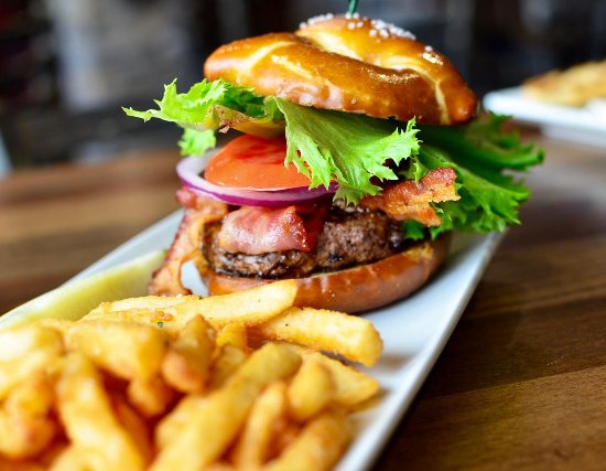 Glendale, OH: Bull Burger