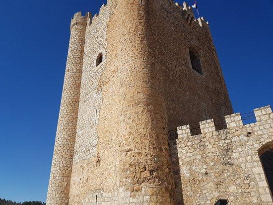 Castillo de Alcalá del Júcar: 20180219_131619_large.jpg