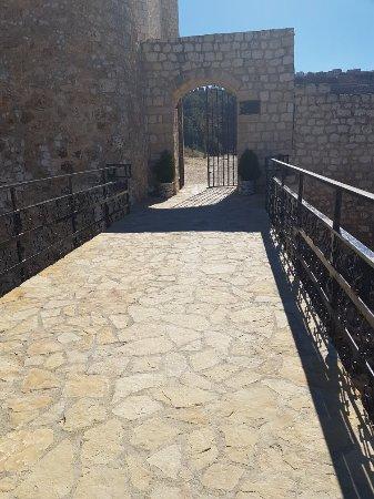 Castillo de Alcalá del Júcar: 20180219_131429_large.jpg