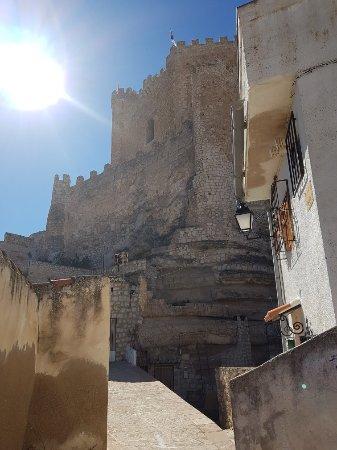 Castillo de Alcalá del Júcar: 20180219_130340_large.jpg